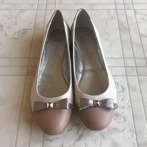 NWOT Anne Klein iflex  Flat With Bow Size 10